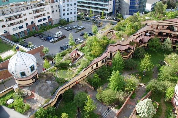 Waldspirale la for t spirale - Build green roof nature home ...