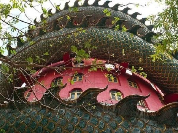 temple wat samphran
