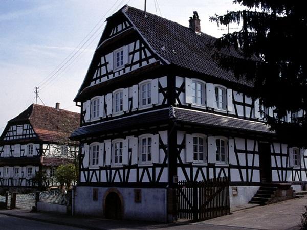 Maison traditionnelle alsacienne for Maison du monde allemagne