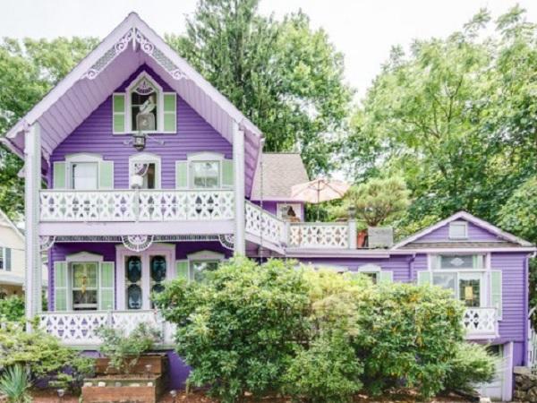 Maison mauve parsippany for Maison violette