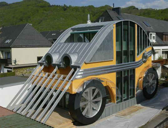 maison en forme de voiture