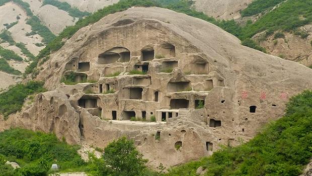 Les maisons troglodytes de guyaju for Architecture troglodyte