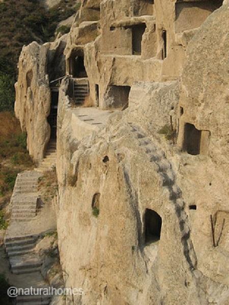 maisons troglodytes de Guyaju