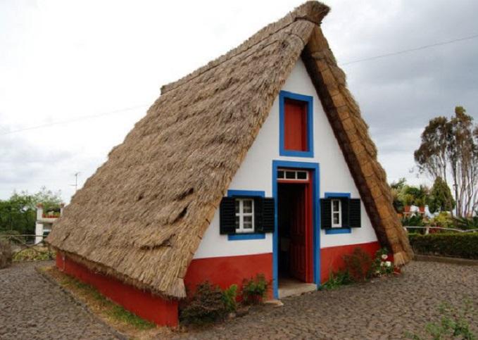 Les maisons traditionnelles de Santana