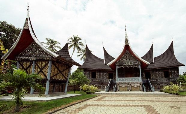 La maison balinaise reflet spirituel et religieux for Habitat du monde