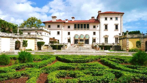 Les villas en italie for Maison italienne architecture