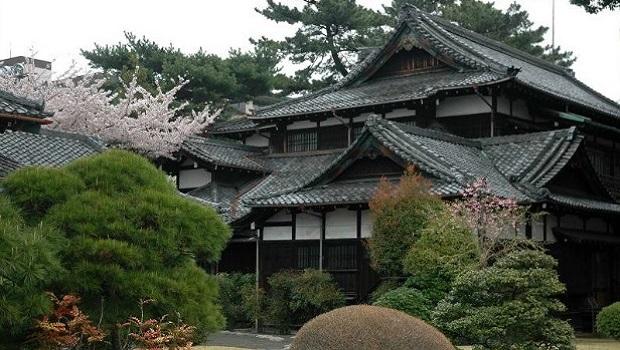 10 maisons traditionnelles du monde entier