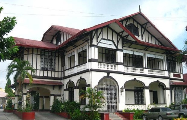 maison des philippines vieille