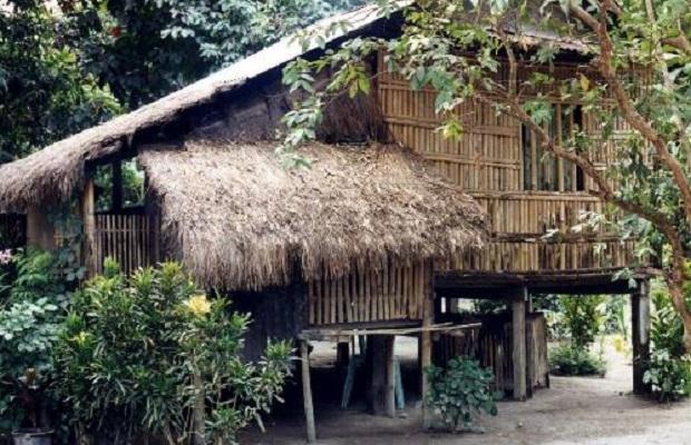 les maisons traditionnelles aux philippines. Black Bedroom Furniture Sets. Home Design Ideas