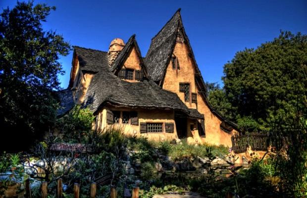 maison de conte de fée