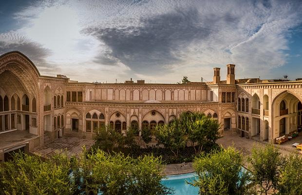 vieux bâtiments traditionnels en Iran