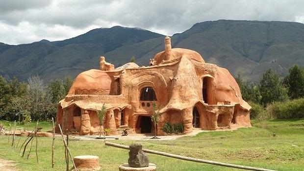 Casa Terracota : une maison en Colombie entièrement réalisée en terre cuite