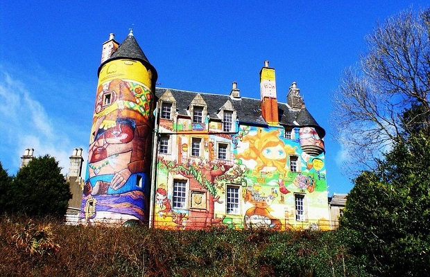 graffiti chateau