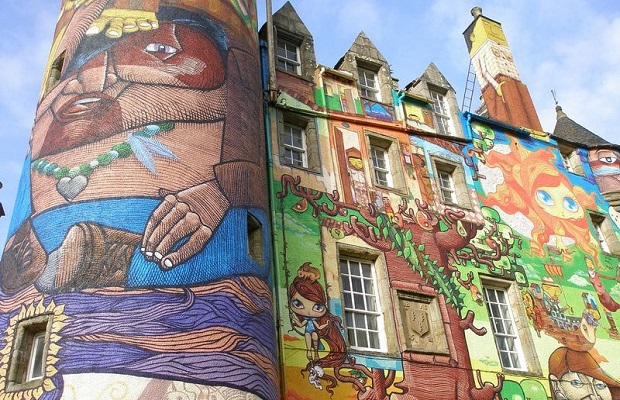 graffiti château