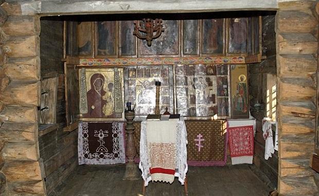 église entièrement en bois