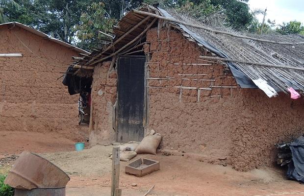 Les maisons en c te d 39 ivoire for Maison usinee cote