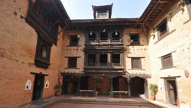 La maison traditionnelle Newari dans la vallée de Katmandou