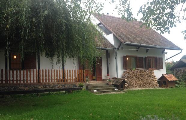 maison typique hongrie