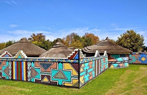 maisons peintes des Ndébélés
