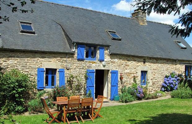 Les maisons typiques bretonnes - Maison en bois bretagne ...