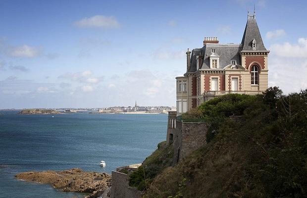 Les maisons typiques bretonnes - Des limaces dans ma maison ...
