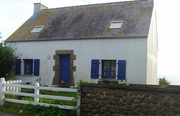 Les maisons typiques bretonnes for Maison architecte pas cher