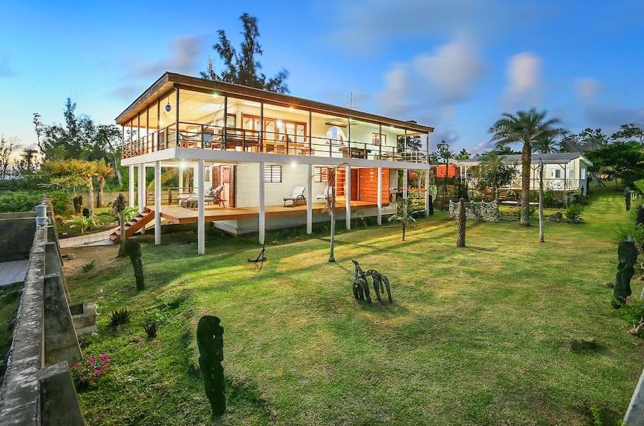 Superbe maison contemporaine port vila for Annuler offre achat maison