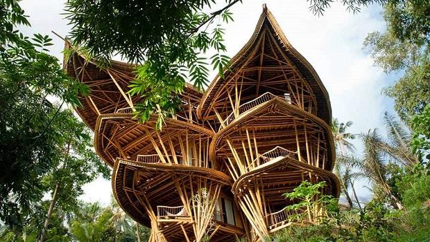 maisons de bambou à Bali