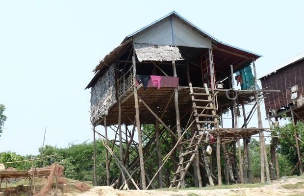 maison pilotis cambodge