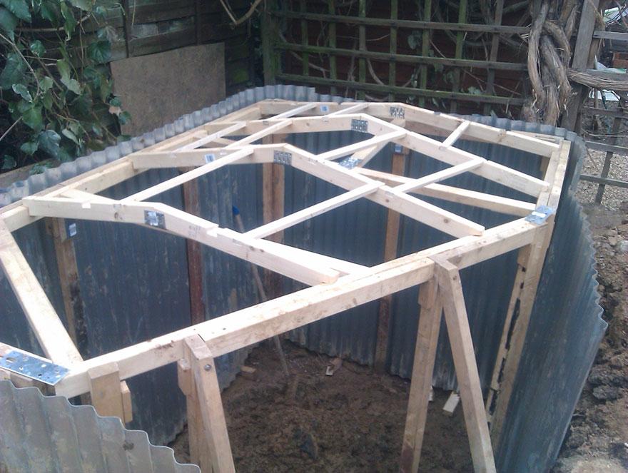 Exceptionnel Construire une maison de hobbit dans le jardin HJ91