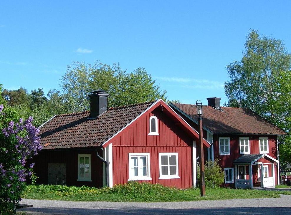 Les maisons rouge typiques de su de - Rouge de falun ...