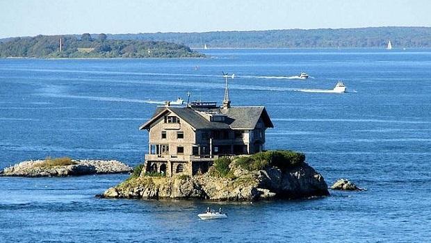 Clingstone : la maison sur le rock