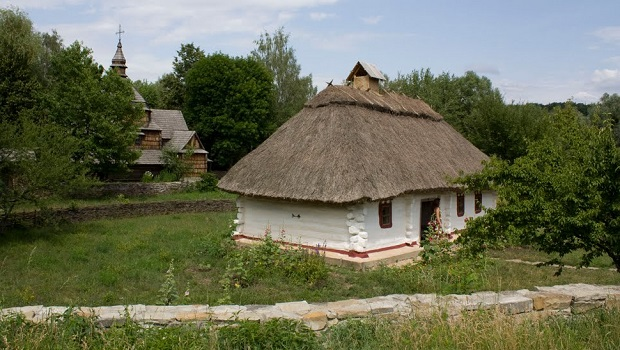 maison traditionnelle ukraine 8