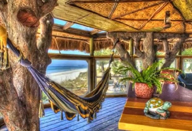 Grand Canyon Village >> Une cabane de rêve en bord de mer