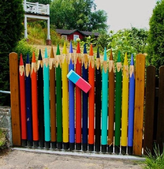 30 idées uniques et originales de portail de jardin à travers le monde