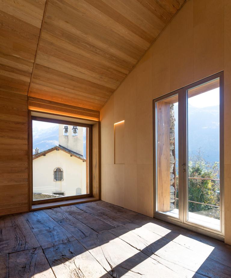 Maison de montagne en pierre rénovée (14)