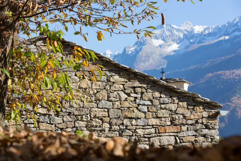 Maison de montagne en pierre rénovée (16)