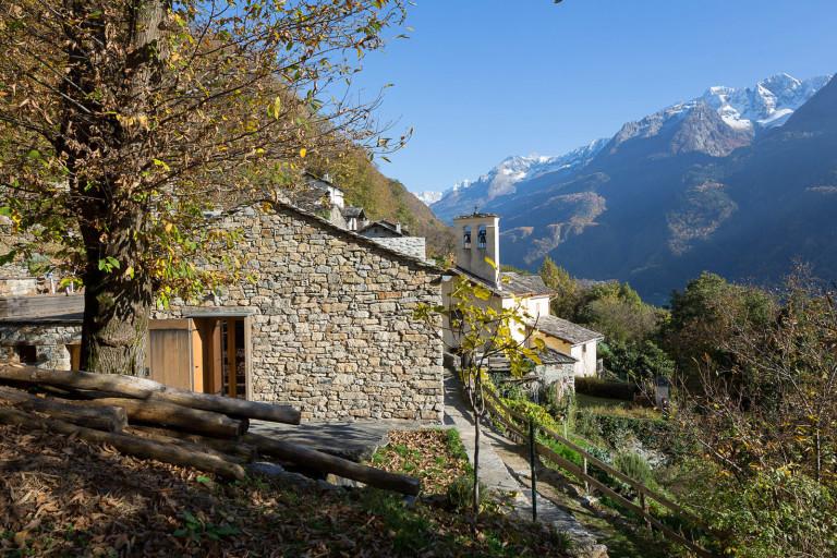 Maison de montagne en pierre rénovée (17)