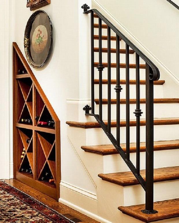 espace fonctionnel sous escalier (11)