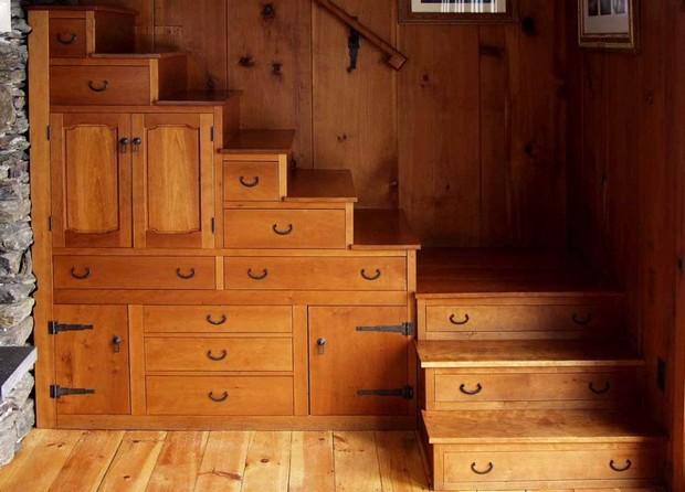 espace fonctionnel sous escalier (4)