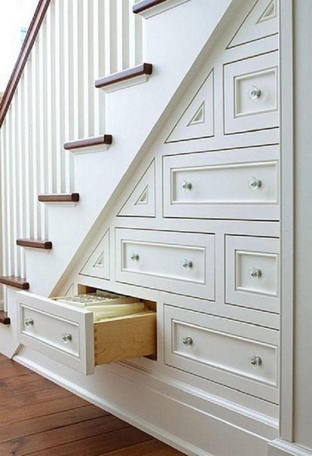 espace fonctionnel sous escalier (5)