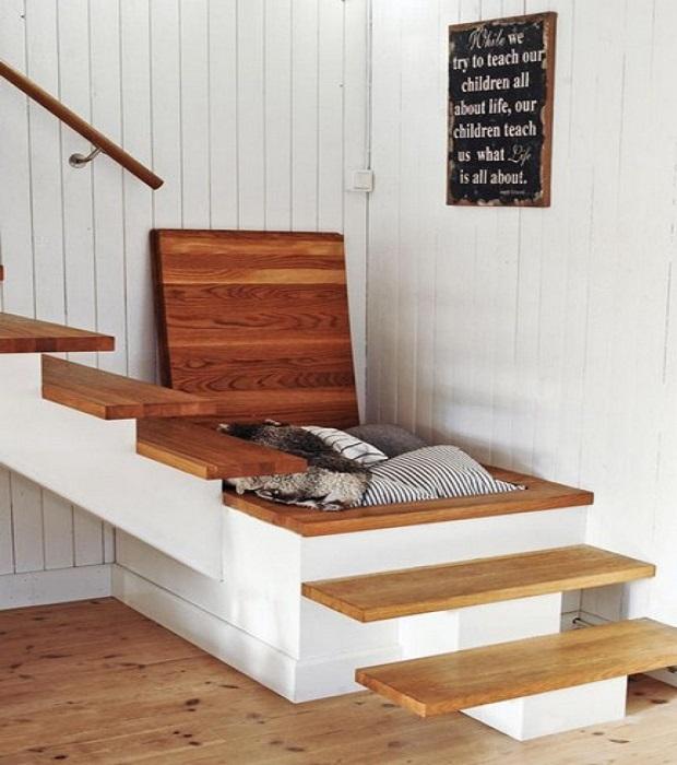 espace fonctionnel sous escalier (8)