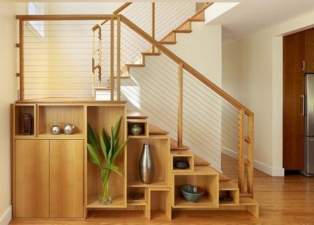 espace fonctionnel sous escalier (9)