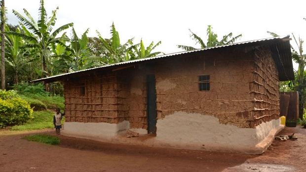Les maisons rurales typiques en Ouganda