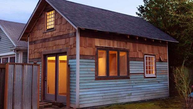 Une tiny house rustique avec un décor vintage