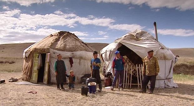 307324390-yurt-pushing-kazakhstan-nomad