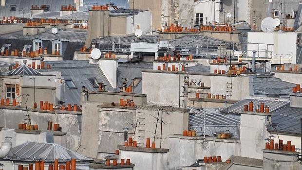 Les petites cheminées des toits de Paris