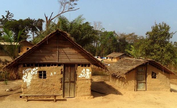 hutte carré liberia