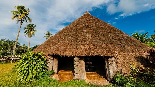 la hutte traditionnelle kanak nouvelle cal donie