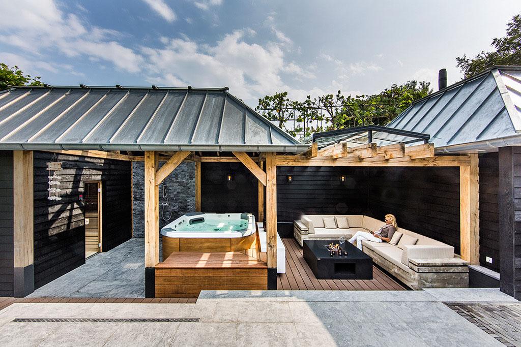 jardin avec piscine en verre (13)
